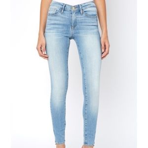 Frame Le High Denim Jeans